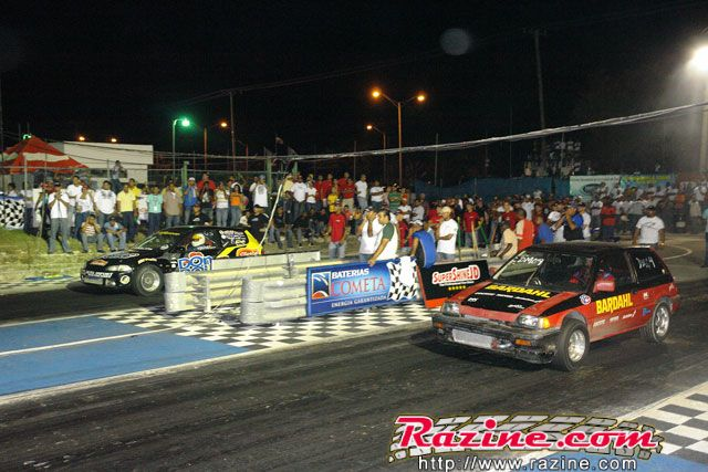 'Wilson Tavares' (Honda Civic EG 'Don Pollo/Reguero Racing') 60 pies 1.69, 1/4 millas 10.579 (W) 'Jimmy Fernández' (Honda Civic AH5 'Bardhal/Eddy Racing') 60 pies 1.76, 1/4 millas 11.886