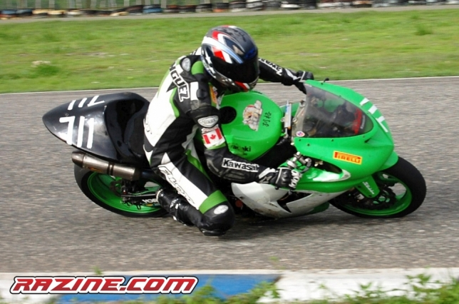 -Franklin Dominguez en su Kawasaki No. 711