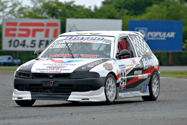 Tomas Urbaez, consigue la pole de la TN.